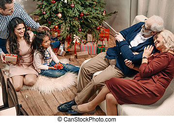 開支, 聖誕節, 家庭時間