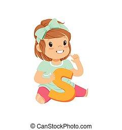 開発, 概念, 勉強, 床, モデル, 発音しなさい, よちよち歩きの子, s., 正確に, 手紙, 女の子, 教育, 愛らしい, 子供