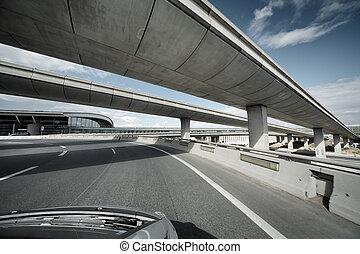 開車, 在下面, 天橋