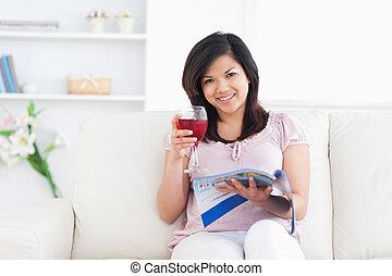 間, ワイン, 保有物 ガラス, 女, 赤, 雑誌