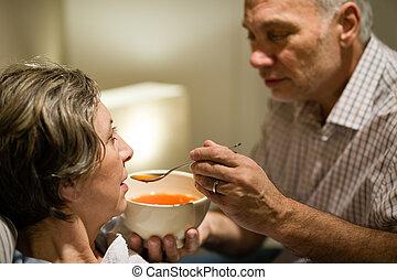關心, 他的, 妻子, 喂, 有病, 年長者, 人
