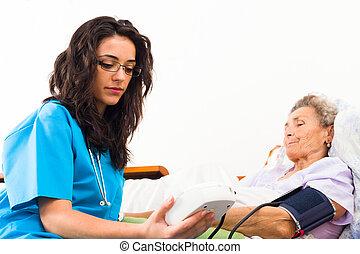 關懷, 年長者, 病人