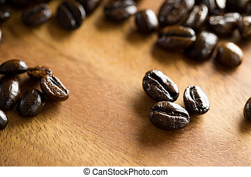 關閉, ......的, 咖啡豆, 上, 木製的桌子