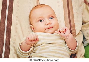 關閉, 肖像, ......的, 可愛, 4-5, 月, 老, 嬰孩, 躺, 上, a, 枕頭