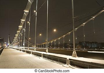 闡明, 橋梁