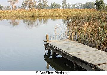 防波堤, 湖