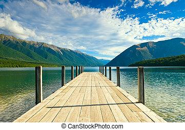 防波堤, ......的, a, 美麗, 湖