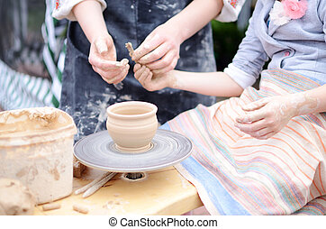 陶器の 車輪, 仕事, 投げる, マスター, 手, スタジオ, クラス