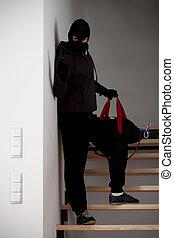 階段, 強盗