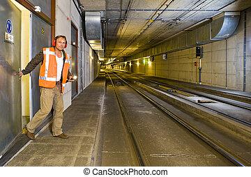 隧道, 工程師
