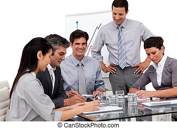 集中される, ビジネス チーム, モデル, 中に, オフィス