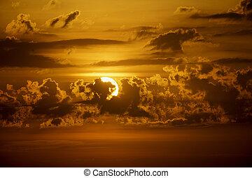 雲, 上に, 上昇の 太陽