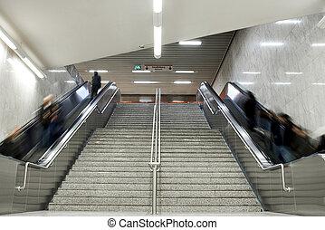 電動扶梯, 樓梯, 由于, 人群