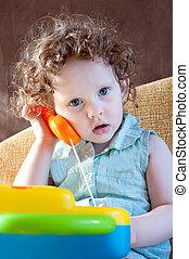 電話, わずかしか, おもちゃ, 女の子, 話し