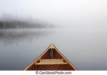 霧が深い, 湖, canoeing