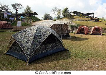 露营, 帐篷