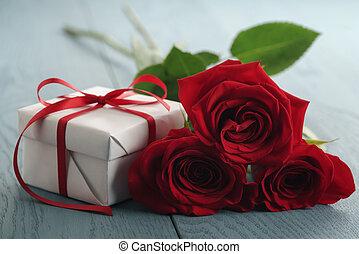 青いボックス, 贈り物, 3, ばら, 木, テーブル, 赤