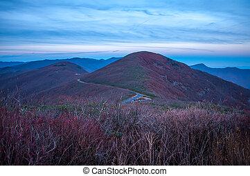 青い山, 峰, 季節, 秋, の間, 光景