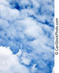 青い空, 雲
