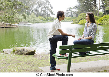 青少年, 上, 公園長凳