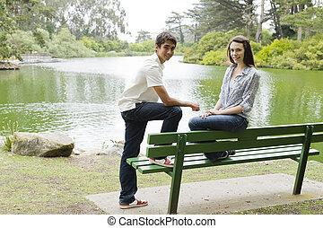 青少年, 在, a, 公園