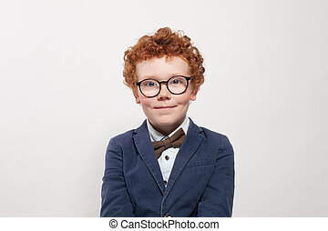 青, かわいい, 男の子の 子供, 面白い, portrait., 背景, スーツ, redhead, 白, ガラス