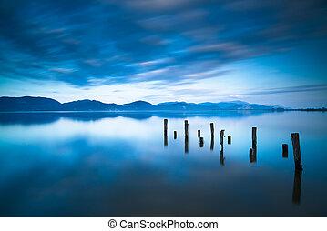 青, さらされること, ∥あるいは∥, 反射, 木製である, italy., 空, トスカーナ, 長い間, 突堤, 残物...