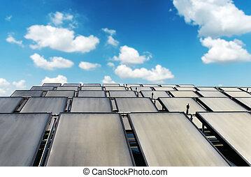 青, グループ, 太陽, 家, 日当たりが良い, システム, 背景, 屋根, パネル, 空