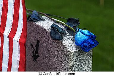 青, バラ, 墓碑