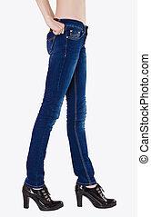 青, 均整がとれている, 服を着せられる, ジーンズ, 暗い, 女性, 足