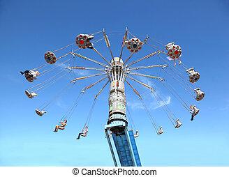 青, 振動, 鎖でつながれた, 人々, 空, 高く, 回転木馬, 円, 幸せ