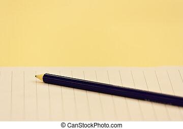 青, 鉛筆