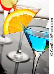 青, 飲みなさい, カクテル