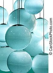 青, lightbulbs