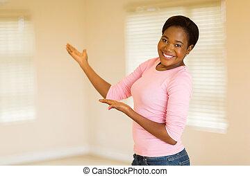非裔美國人 婦女, 做, 歡迎, 姿態