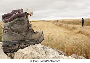 靴子, 被穿
