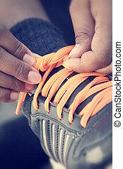 靴, 結ぶこと, スポーツ