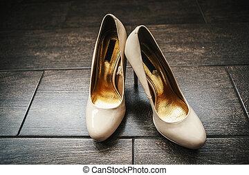 靴, 結婚式