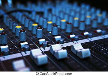 音楽, ミキサー, 机, 中に, darkness.