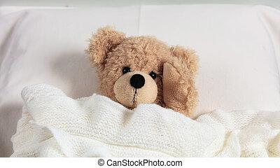 頭痛, かわいい, 頭, 彼の, テディ, 暖かい, insomnia., ベッド, 毛布, 保有物, カバーされた
