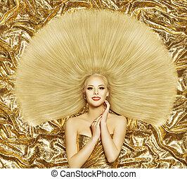 頭髮麤毛交織物風格, 時髦模型, 婦女, 發型, 長, 直的頭發, 黃金, 顏色