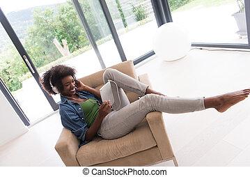 頭, 女, タブレット, 電話, アメリカ人, アフリカ, 家, 椅子
