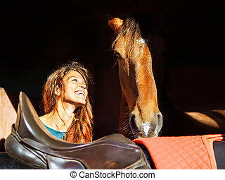 頭, 愛, 馬, 顔つき, 女の子, 赤