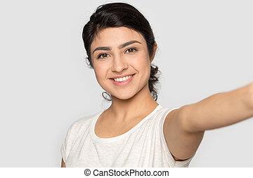 頭, 肖像画, 呼出し, selfie, indian, 打撃, ビデオ, 微笑の女の子, 取得