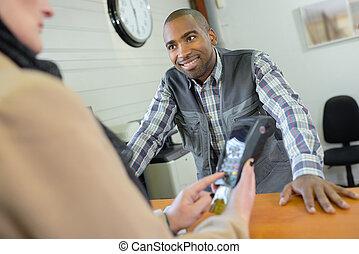 顧客, コード, ベンダー, 待つこと, 入りなさい, 支払い, カード