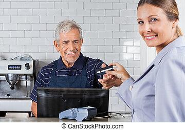 顧客, 寄付, キャッシャー, クレジット, 女性, シニア, カード