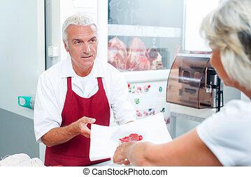 顧客, ∥手渡す∥, 肉, 肉屋