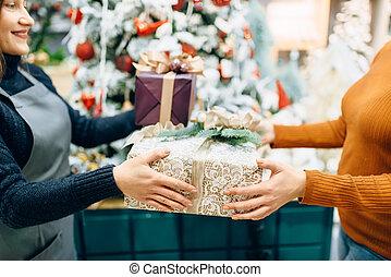 顧客, 箱, 贈り物, サービス, 包むこと, 売り手, 与える