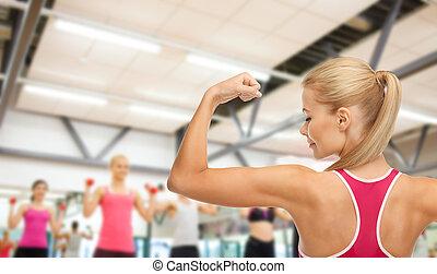 顯示, 婦女, 二頭肌, 她, 運動