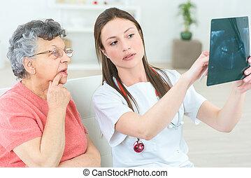 顯示, a, 年長者, 病人, 她, x光
